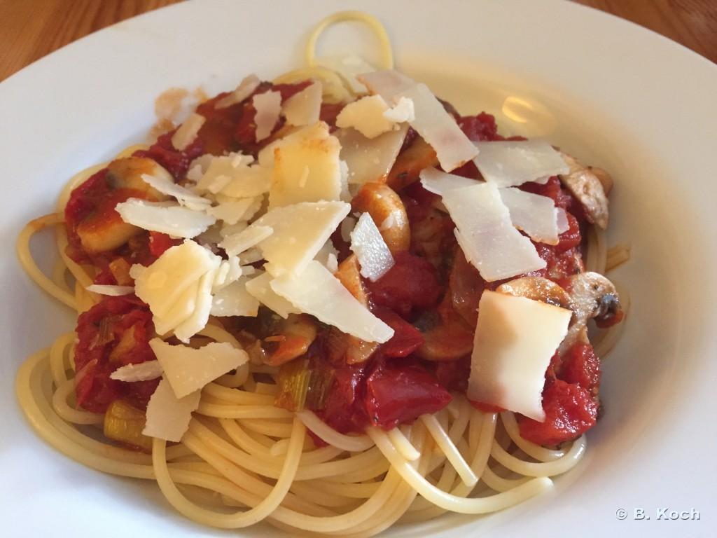 spaghetti_funghi-pomodori